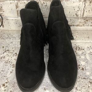 NOT RATED FRINGE ANKLE BOOTS SIZE 8